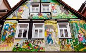 image of fairy-tale  - Painted house in the fairy tale town Steinau an der Stra - JPG