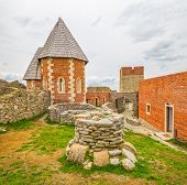 picture of chapels  - Chapel and walls on Medvedgrad castle in Zagreb - JPG
