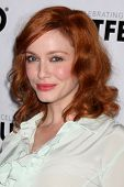 LOS ANGELES - 22 de JUL: Christina Hendricks chega agt 2012 Outfest fechar Night Gala de