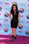 LOS ANGELES - JUL 22:  Vanessa Marano arriving at the 2012 Teen Choice Awards at Gibson Ampitheatre on July 22, 2012 in Los Angeles, CA