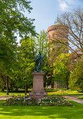 Monumento a Auguste Bartholdi em Colmar - Alsace, França