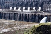 picture of hydroelectric power  - Itaipu Dam  - JPG