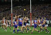 MELBOURNE - SEPTEMBER 18: Action from the St Kilda win over the Western Bulldogs - Preliminary Final