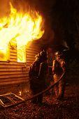 Bombero batallas Casa fuego