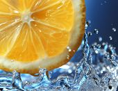 citrus in water