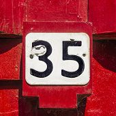 Nr. 35