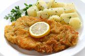 Wiener schnitzel, costeleta de vitela, cozinha austríaca