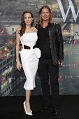 BERLIN - JUN 4: Angelina Jolie, Brad Pitt at the 'WORLD WAR Z' Premiere at Sony Center on June 4, 20