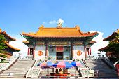 Traditional Chinese Style Temple At Wat Leng-noei-yi In Nonthaburi,thailand.