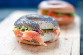 picture of bagel  - Bagels with salmon and fresh cream lattuce - JPG