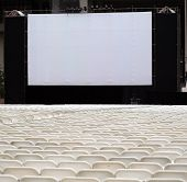 Large Outdoor Screen And Chairs