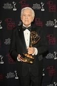 BEVERLY HILLS - JUN 16: Monty Hall with The Lifetime Achievement Award at the 40th Annual Daytime Em