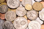 Fondo de monedas diferentes.