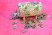 picture of shekel  - Golden coins and wooden money box - JPG