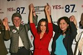 Alyssa Milano and Rally Supporters at a Rally Supporting Proposition 87. United Teachers Los Angeles, Los Angeles, California. November 2, 2006.
