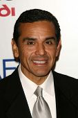 Mayor Antonio Villaraigosa at the AFI Fest 2006 Opening Night Premiere of
