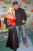 CULVER CITY, CA - DECEMBER 02: Linda Hogan and Hulk Hogan at the VH1 Big in '06 Awards on December 0