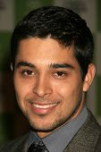LOS ANGELES - NOVEMBER 08: Wilmer Valderrama at the 16th Annual Environmental Media Association Awar