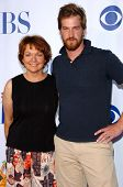 PASADENA - JULY 15: Pamela Reed and Kenneth Mitchell at CBS's TCA Press Tour at The Rose Bowl on Jul
