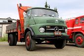 Green Mercedes-benz 1413 Tipper Truck