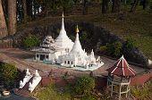 Phra Thart Doi Kong Mu In Mini Siam Park