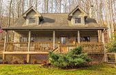 foto of log cabin  - Cute log cabin in the mountains of Maggie Valley North Carolina - JPG
