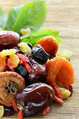 foto of apricot  - Assorted dried fruits  - JPG