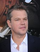 LOS ANGELES - AUG 07:  Matt Damon arrives to