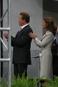 SACRAMENTO - NOV 17: Arnold Schwarzenegger; Maria Shriver at the Governor Swearing In Ceremony at th