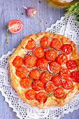 Tart with tomatoes and herbs