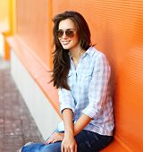 Summer, Fashion And People Concept - Portrait Modern Stylish Pretty Woman In Sunglasses And Casual C