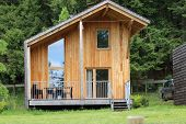 foto of log cabin  - A modern log cabin in the mountains Lac des Sapins Cublize Haut - JPG