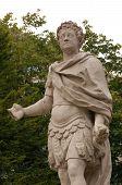 Verstümmelte Statue