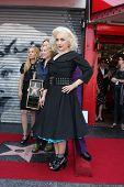 Los Angeles aug 11: Jane Wiedlin bei der Zeremonie für die Gogo 's Stern auf dem Hollywood Walk of Fa