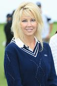 PALOS VERDES - APR 29: Heather Locklear at the 9th annual Michael Douglas and friends Celebrity Golf Tournament at the Trump National Golf Club in Palos Verdes, CA on April 29, 2007