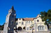 Palacio de los Condes De Castro Guimarães