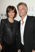 LOS ANGELES - OCT 17:  Lisa Rinna, Harry Hamlin at the