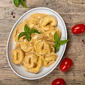 Creamy Cheese and Basil Tortellini