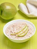 Oatmeal Porridge With Apple Slices