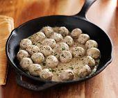 swedish meatballs in iron skillet