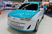 FRANKFURT - SEP 17: Yo-crossover car shown at the 64th Internationale Automobil Ausstellung (IAA) on