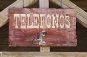 far west telephone sign in spanish