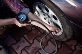 Verificação da pressão dos pneus