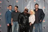LOS ANGELES - NOV 7: Carson Daly, Adam Levine, CeeLo Green, Christina Aguilera, Blake Shelton at the