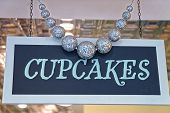 Cupcakes Plate With Decorating Silver Balls