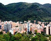 Cuadro hermoso de las montañas que rodean Bogotá - Colombia