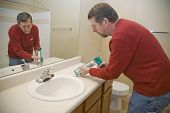 Caulking Sink