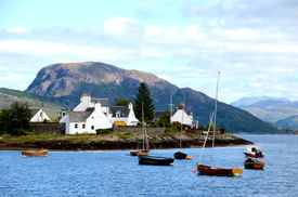 picture of carron  - The bay at Plockton, Scotland (the setting for the television series Hamish Macbeth with Robert Carlyle) ** Note: Slight graininess, best at smaller sizes - JPG