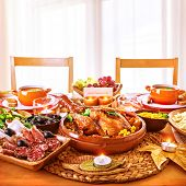 picture of centerpiece  - Thanksgiving day dinner - JPG