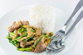 puff pork with onion japan and vegetables